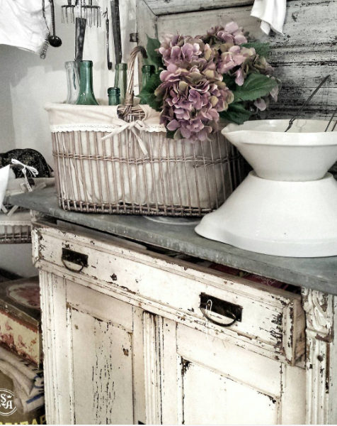Lev Vackert - 10 Instagram Accounts to Follow if Rustic Glam is Your Jam | Angie Builds a House