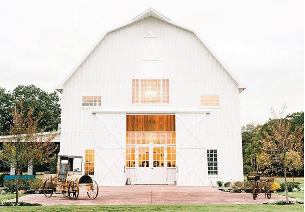 @thewhitesparrow - 10 Instagram Accounts to Follow if Rustic Glam is Your Jam | Angie Builds a House.